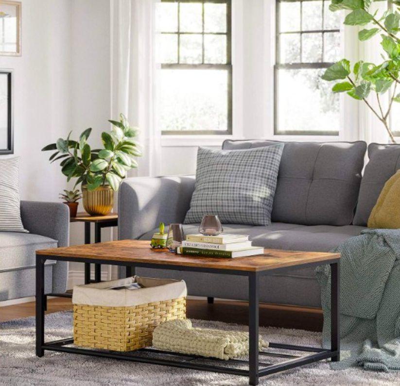 Industriální nábytek najde uplatnění i v malém bytě